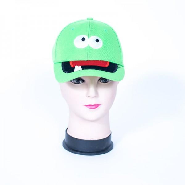 כובע בגדלים שונים לילדים